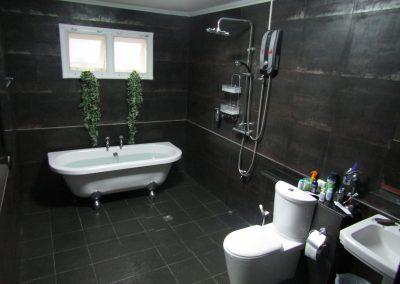 ห้องนอน 2 ห้องน้ำ